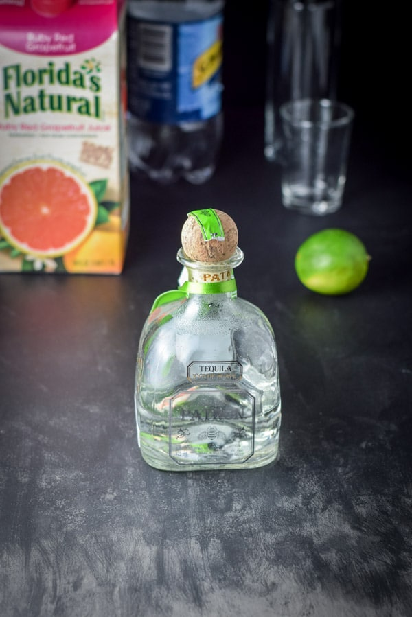 The ingredients for the great grapefruit Paloma cocktail