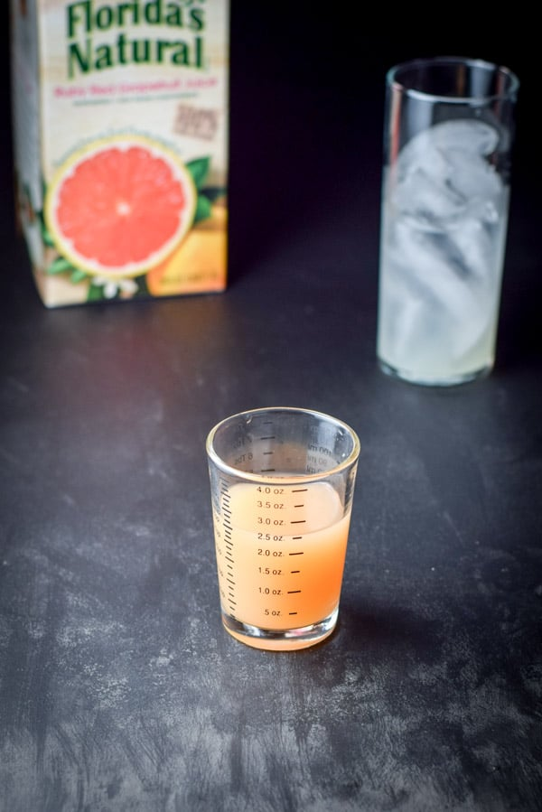 Great Grapefruit Paloma Cocktail-4