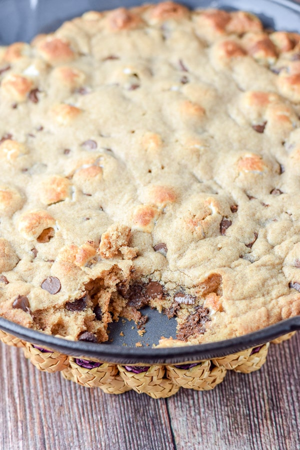 Another shot of the toasted marshmallow chocolate chip skillet cookie